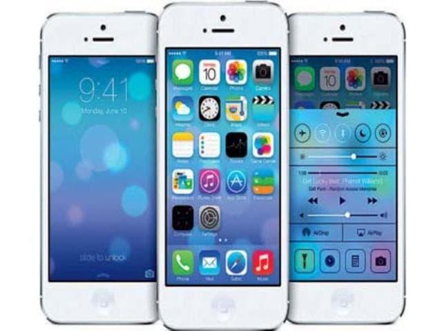 Apple,Apple Inc,banking
