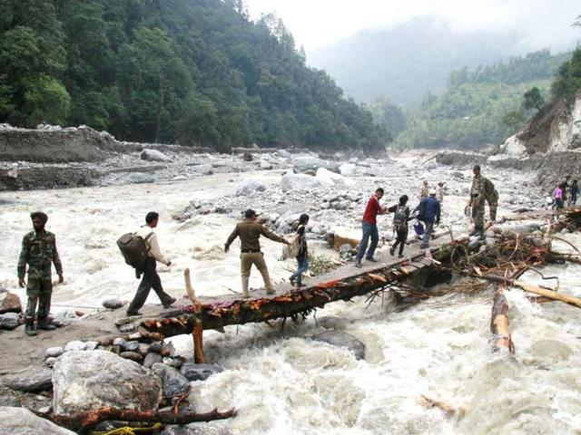Uttarakhand flash floods,Kolkata Airport,Uttarakhand survivors