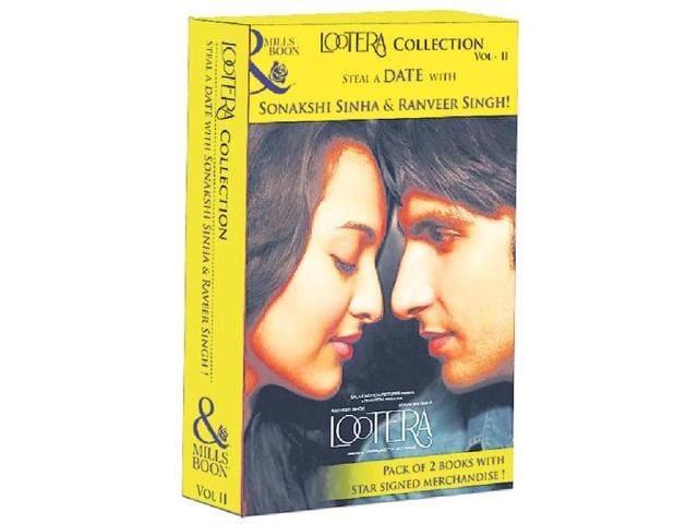 The-special-edition-book-pack-for-Lootera-promotions