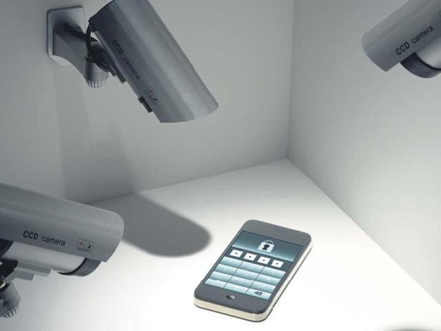 Govt puts 9,000 phones under surveillance each month: Report