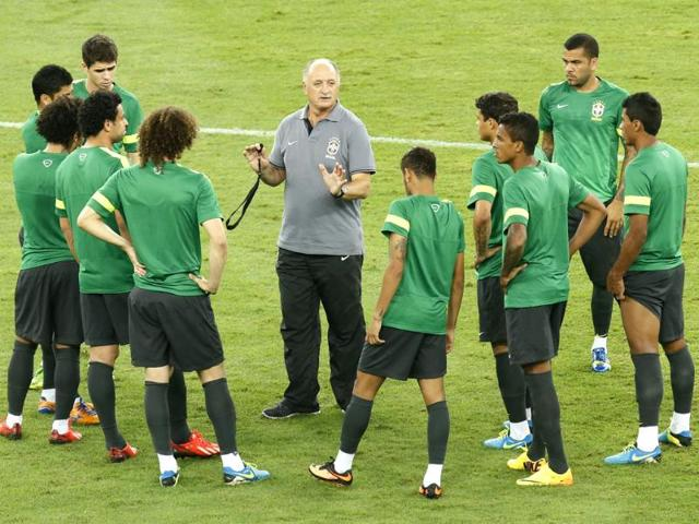 Scolari delighted by size and style of Brazil's victory