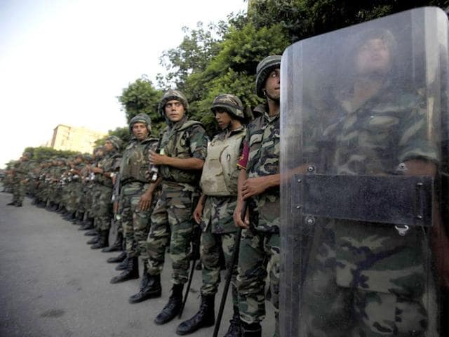 Egypt army ousts Morsi, suspends constitution and vows new elections