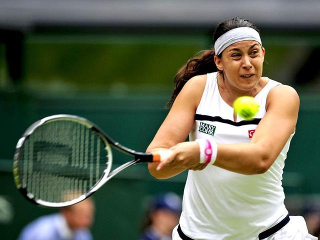 Marion Bartoli beats Sabine Lisicki to win Wimbledon title