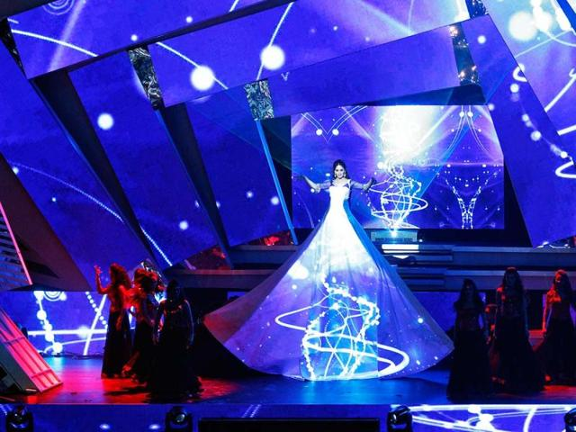 A cut above all: Madhuri Dixit looked ethereal in her stellar performance on stage. No wonder she got a standing ovation.