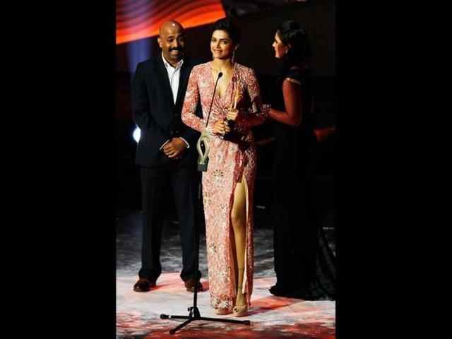 Deepika Padukone missing Ranbir Kapoor
