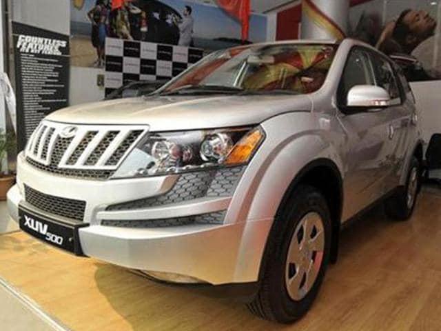 mahindra xuv500 w4,xuv 500 launch,new mahindra xuv500 price in india