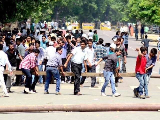 Students-in-Allahabad-protest-against-the-UPPSC-s-decision-to-allot-unreserved-category-seats-to-reserved-category-students-HT-Photo