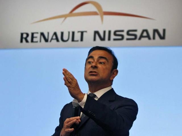 Carlos-Ghosn-chairman-and-CEO-of-the-Renault-Nissan-Alliance-gestures-as-he-speaks-at-a-news-conference-in-the-southern-Indian-city-of-Chennai-July-16-2013-Photo-Reuters-Babu
