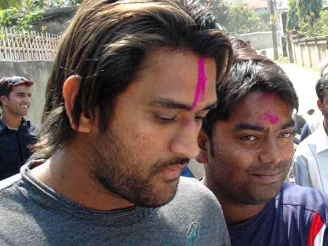Santosh Lal,Mahendra Singh Dhoni,'helicopter shot'