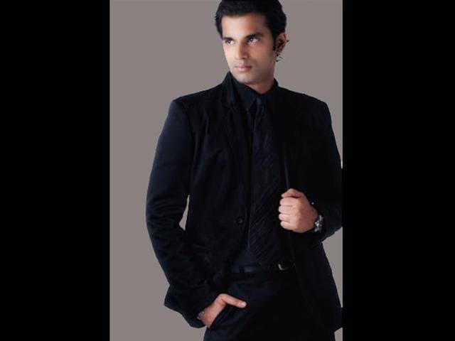 Nolan-Lewis-Mr-Gay-India-2013