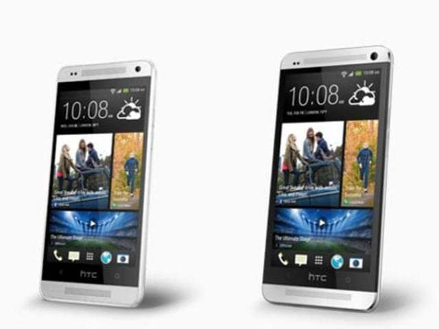 The-HTC-One-Mini-and-HTC-One-Photo-AFP