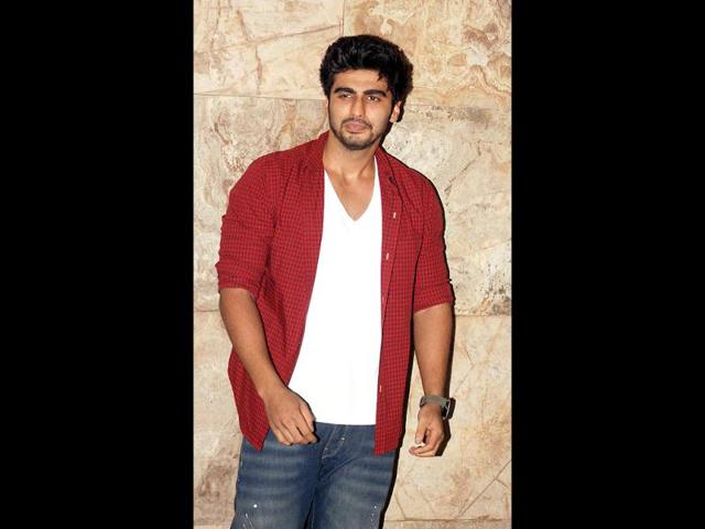 Arjun-Kapoor-was-also-spotted-at-the-Iftar-party-in-Mumbai-on-July-21-2013--AFP-Photo