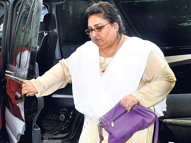 Reena-Roy-attends-the-prayer-meet-of-her-former-co-star-Photo-Yogen-Shah
