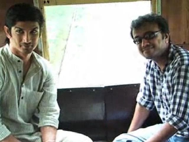 A tram ride through Dharmatala, a visit to a 150-year-old bungalow in Alipore, eating Bengali sweets like sondesh and rasgulla: producer-director Dibakar Banerjee ensured the announcement of his period film, Detective Byomkesh Bakshy! (DBB), in Kolkata on July 23, 2014 was in cmplete Bengali taste. (Photo: Bollywoodhungama)