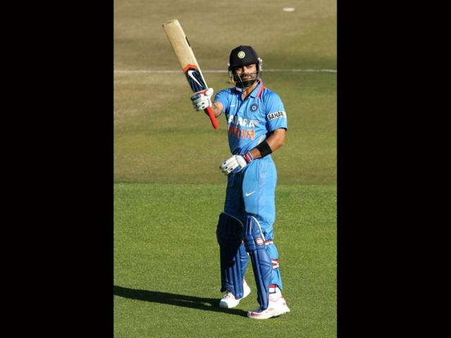 Kohli tops Anwar's record, becomes fastest to score 15 tons