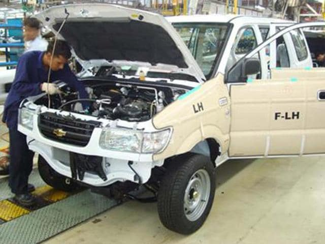 1-14-000-Chevrolet-Taveras-recalled-Photo-Autocar-India