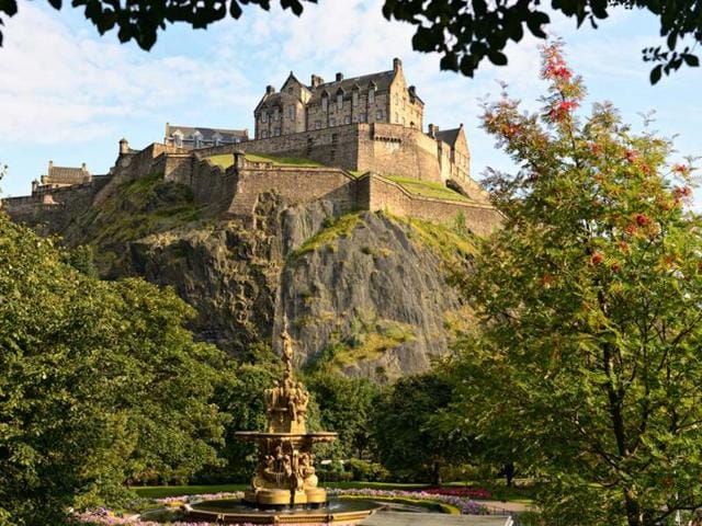 Edinburgh-has-emerged-as-the-most-expensive-destination-in-the-UK-this-summer-Photo-AFP-godrick-shutterstock-com