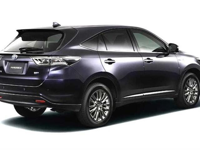 New Toyota Harrier SUV photo gallery