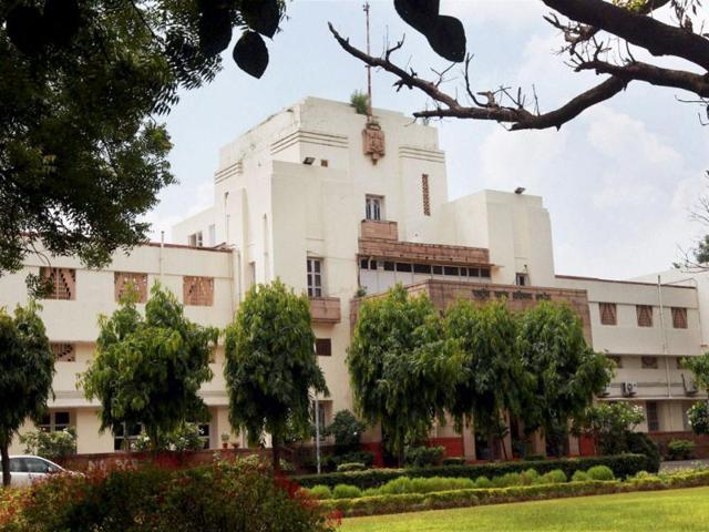 Delhi-s-Faridkot-House-near-India-Gate-Daughters-of-the-erstwhile-Maharaja-of-Faridkot-inherited-estate-along-with-other-assets-worth-a-whopping-Rs-20-000-crore-PTI-Photo