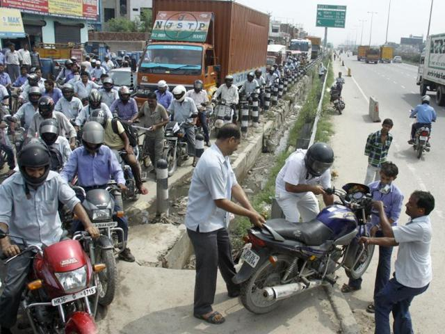 Atul Wassan,Gurgaon vows,Delhi-Gurgaon expressway