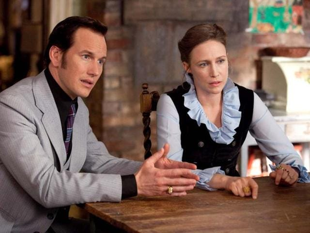 Based-on-the-true-life-story-The-Conjuring-tells-the-tale-of-how-world-renowned-paranormal-investigators-Ed-Patrick-Wilson-and-Lorraine-Warren-Vera-Farmiga-were-called-upon-to-help-the-Perrons-Ron-Livingston-and-Lili-Taylor-terrorised-by-a-dark-presence-in-a-secluded-farmhouse