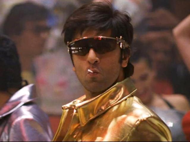 Ranbir Kapoor apes dad: parda hai parda style qawwali in Besharam