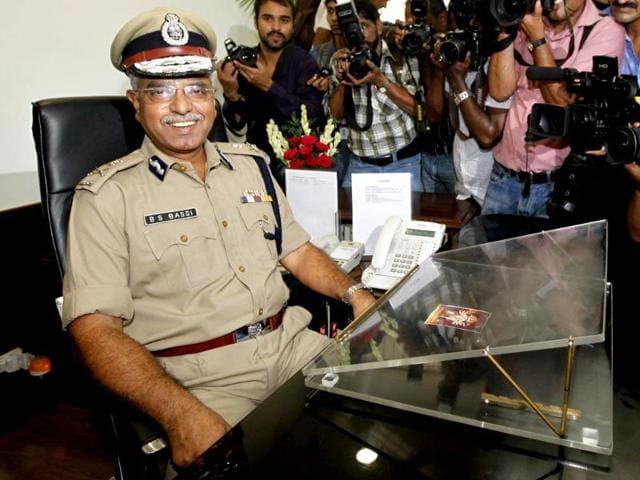 IPS-officer-Bhim-Sain-Bassi-takes-over-as-Delhi-Police-Commissioner-from-his-predecessor-IPS-Neeraj-Kumar-at-Delhi-Police-headquarter-in-New-Delhi-HT-Photo-Raj-K-Raj