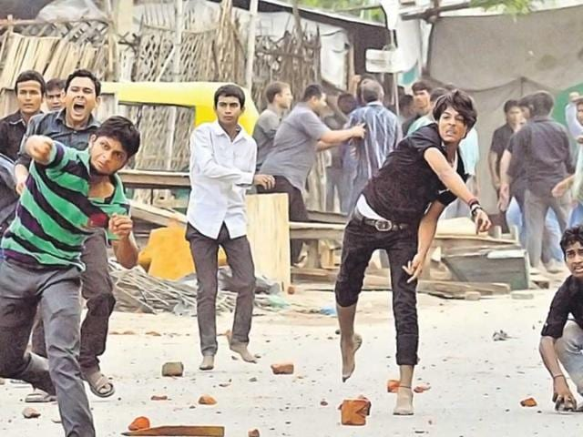 There-were-sectarian-clashes-in-certain-parts-of-Lucknow-on-Wednesday-HT-photo-Deepak-Gupta