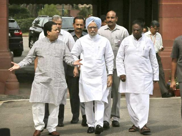 monsoon session of parliament,manmohan singh,UPA government