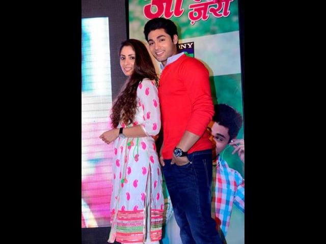 Sangeeta-Ghosh-along-with-Ruslaan-Mumtaz-at-the-launch-of-Kehta-Hai-Dil-Jee-Le-Zara
