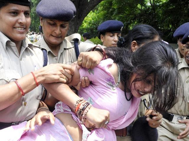 curfew,Kishtwar,Jammu