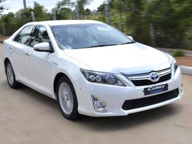toyota camry price in india,toyota camry hybrid review,toyota camry hybrid launch date