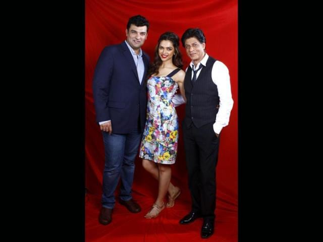 Shah Rukh Khan,Deepika Padukone,Rajiv Makhni
