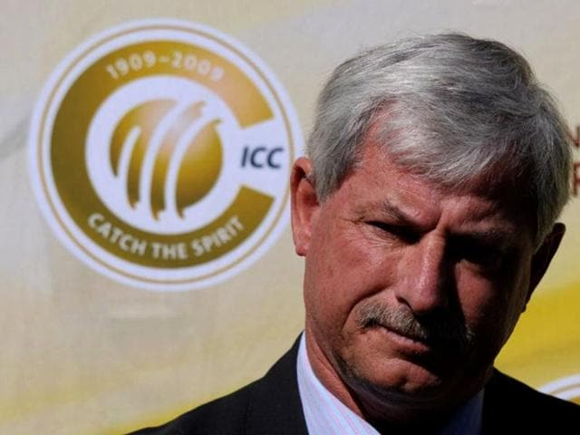 Richard Hadlee,Decision Review System,erase cricket records