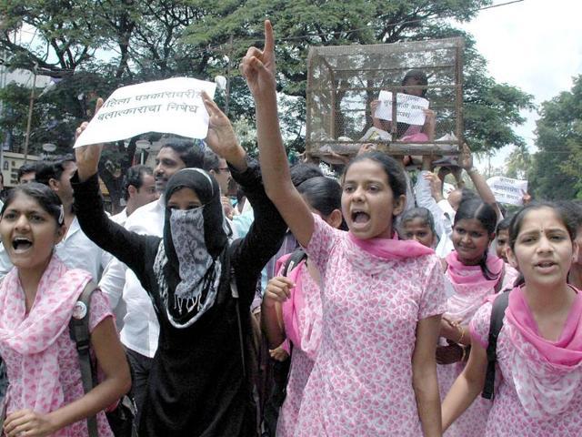 Mumbai photojournalist's gang-rape,Narendra Dabholkar,Satyapal Singh