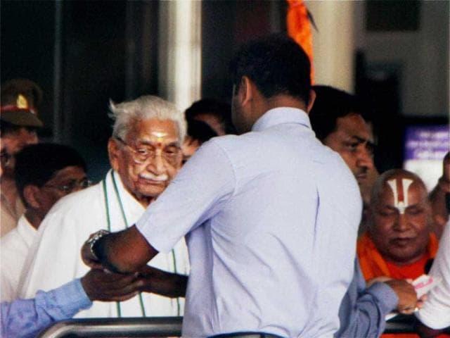 Ashok Singhal,Praveen Togadia,VHP padyatra