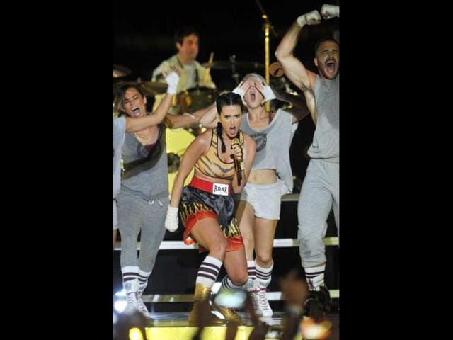 Katy-Perry-s-power-packed-performance-won-a-few-hearts