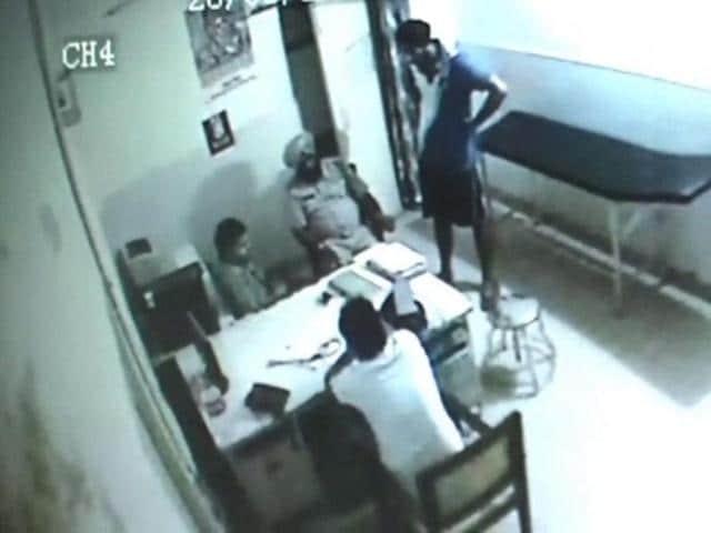 Haryana cop,fake report. Kalpana Chawla Government Medical College,ASI