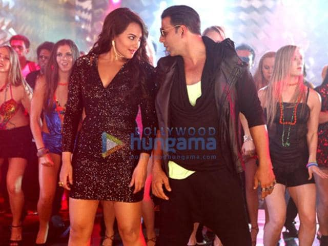 Sonakshi Sinha will be seen shaking a leg with his Rowdy Rathore co-star Akshay Kumar in the song Sari Raat Party.