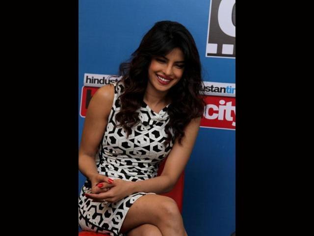 Priyanka-Chopra-is-at-her-bubbly-self-Photo-Zabeeh-Afaque