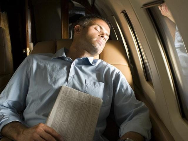Business-travelers-are-increasingly-disconnecting-during-their-flights-to-relax-and-strike-a-balance-between-work-and-play-says-a-new-survey-Photo-AFP-Alan-Bailey-shutterstock-com