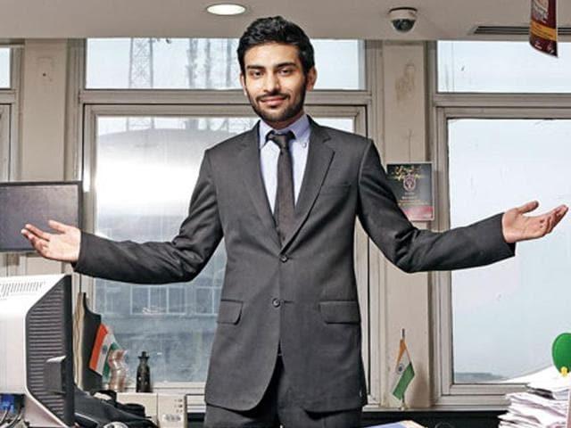 faraz khan,brunch,suits