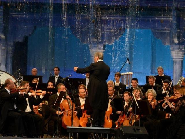 Celebrated conductor Zubin Mehta leads the Bavarian State Orchestra during the Ehaas-e-Kashmir music concert in Srinagar. (AFP Photo)