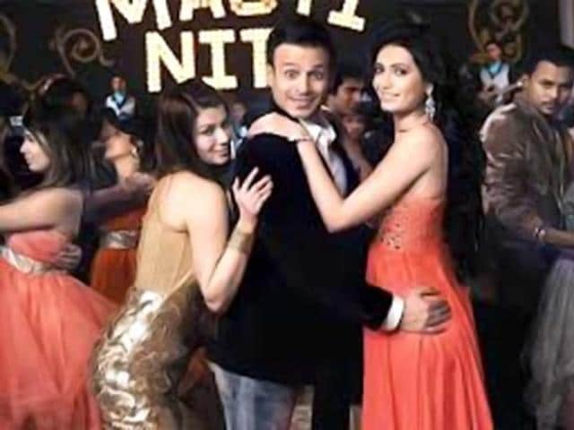 Grand Masti is directed by Indra Kumar.