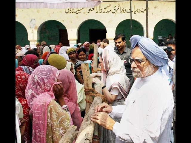 communal riots,Muzaffarnagar,Manmohan Singh