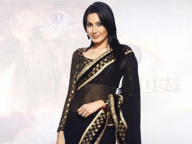 Urvashi-Dholakia-and-Kamya-Punjabi-strong-headed-women-playing-it-as-a-game-no-pretences