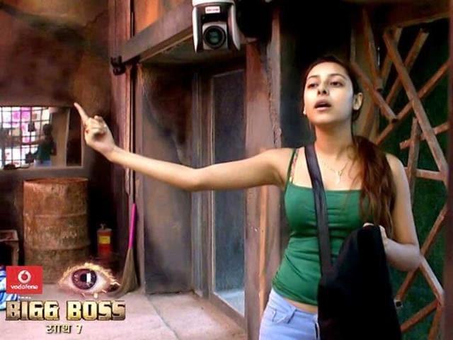 Pratyusha-Banerjee-on-Bigg-Boss-7