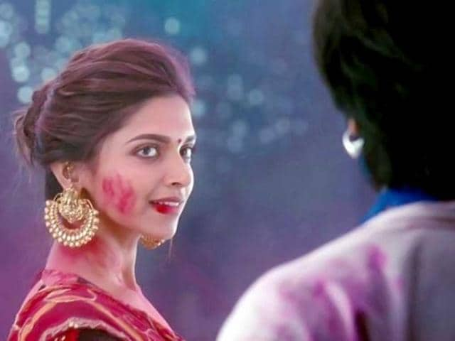 Deepika Padukone seems to be besotted with Ranveer.