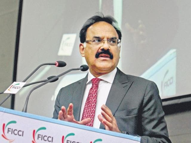 Arvind Mayaram,economic crisis,department of economic affairs
