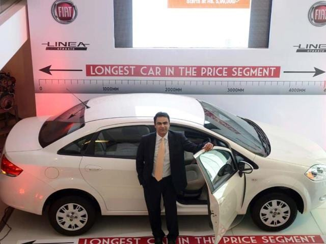 Fiat-Linea-classic-car-in-New-Delhi-on-September-25-2013-India-whose-per-capita-energy-consumption-is-among-the-world-s-lowest-has-little-room-to-reduce-fuel-use-as-it-needs-to-power-industry-to-bolster-its-fast-slowing-economy--Photo-AFP-Raveendran